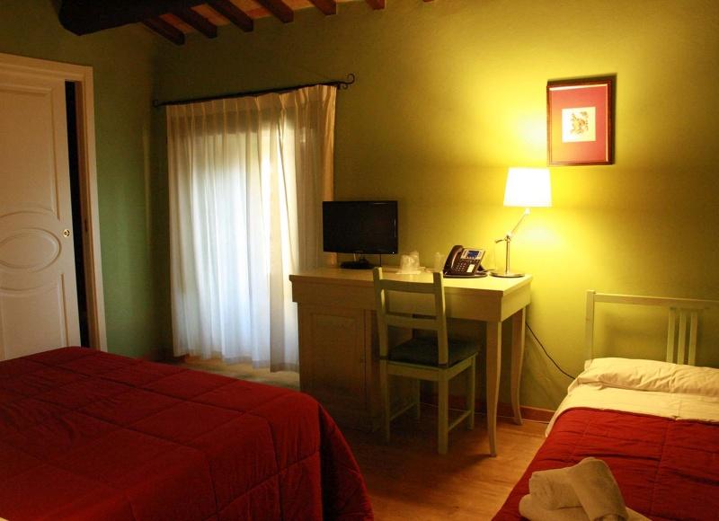 camera-deluxe-castello-di-baccaresca-03