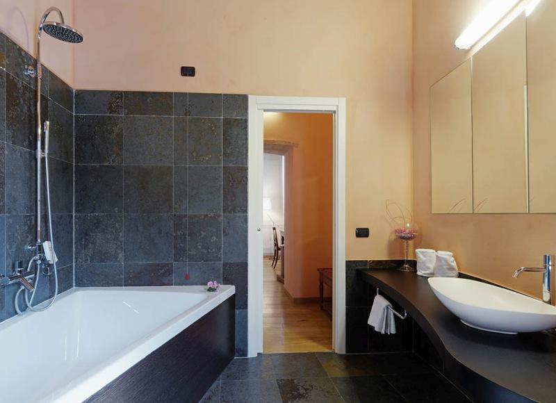 suite-castello-di-baccaresca-05